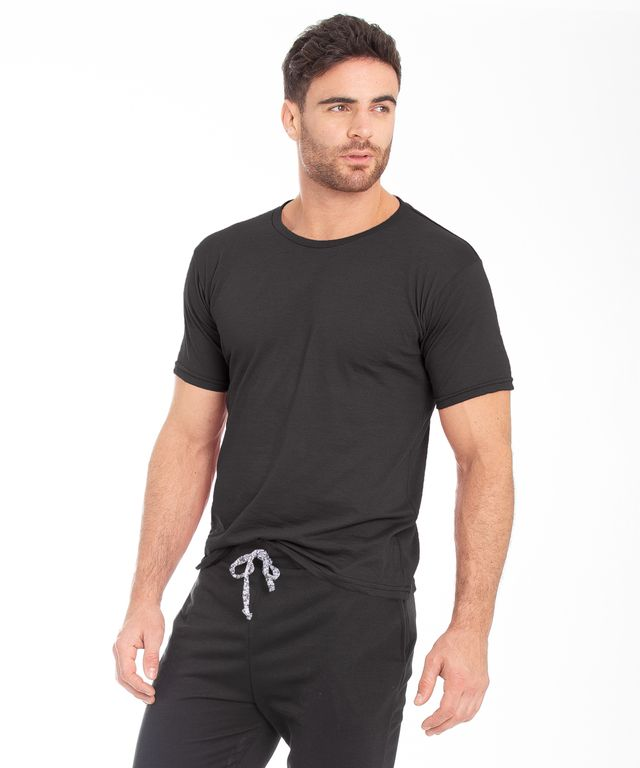 Camiseta-Basic-Redondo-Negra