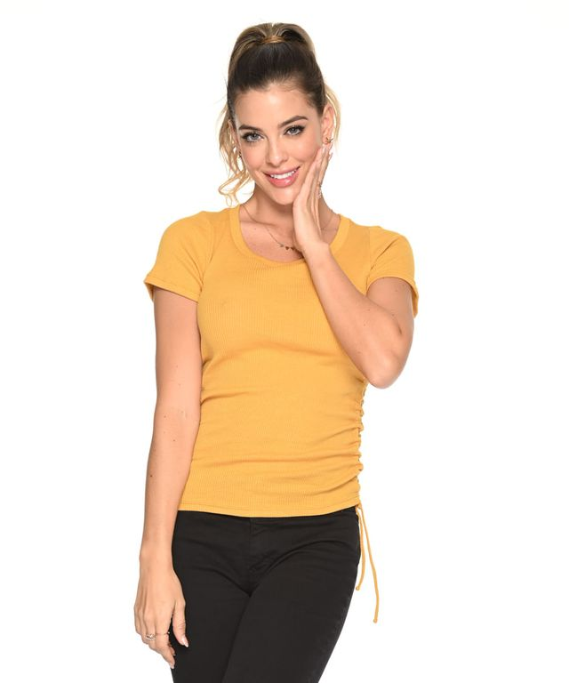 Camiseta-Republic-Mostaza