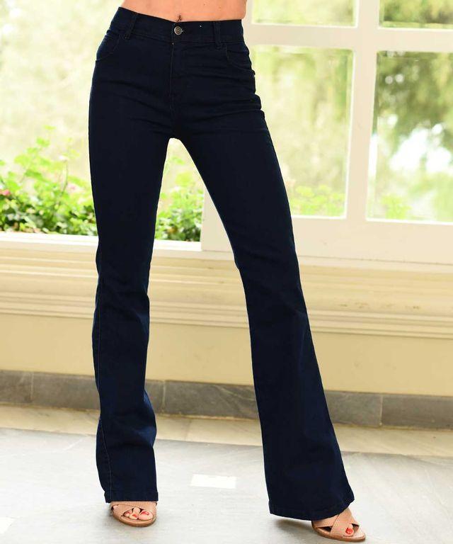 Mujer-con-Jean-color-Denim-y-Jean