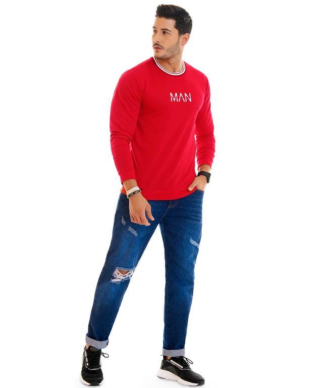Hombre-con-Buzo-color-Rojo-y-Jean